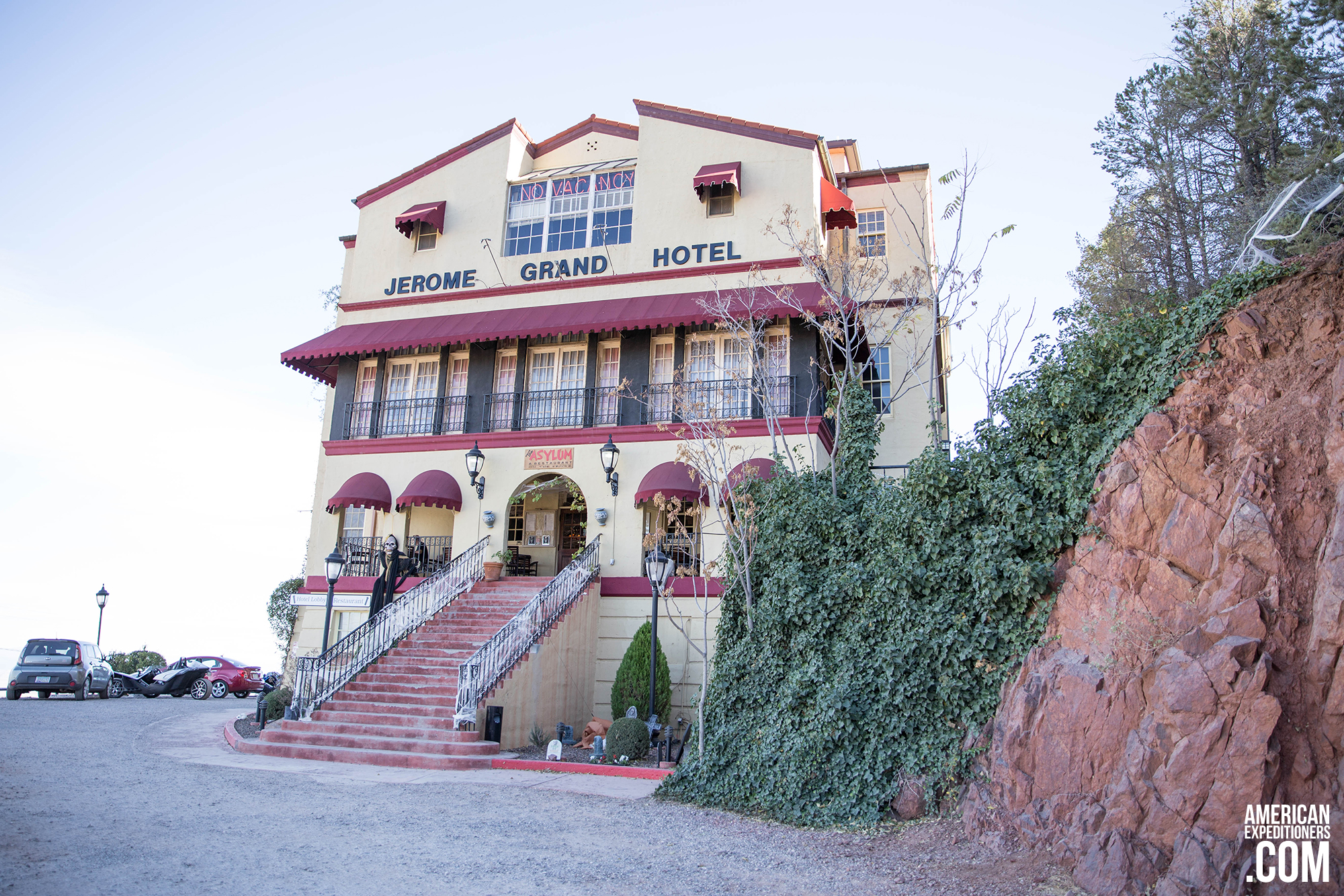 Historic And Haunted Jerome Grand Hotel In Arizona American Expeditioners Https